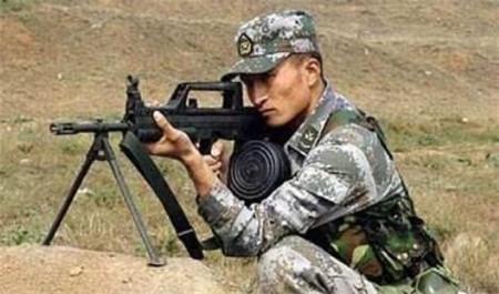 关于轻机枪:数挺火力集中使用,也难扛一挺大口径机枪