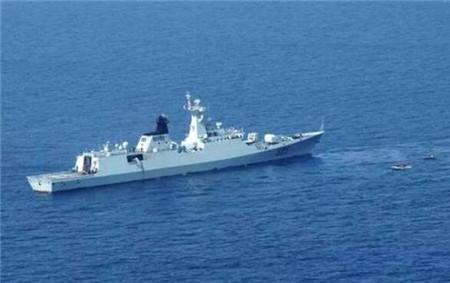 525舰改造即将尘埃落定:竖起了海红旗-10发射架,未上舰载垂直发射装