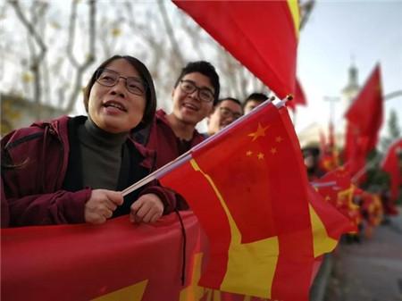 漂亮!3000名美籍专家涌入中国,外媒:中国才是最大赢家